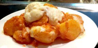 Patatas bravas en la barra de Rausell - Valencia