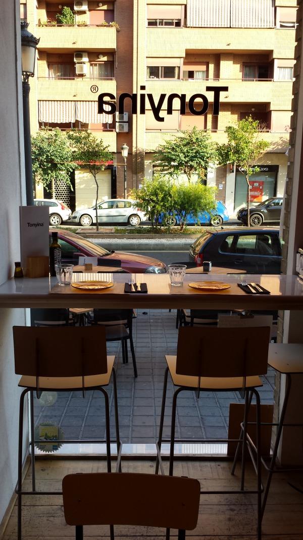 Bar Tonyina (Valencia) - Vistas a la calle