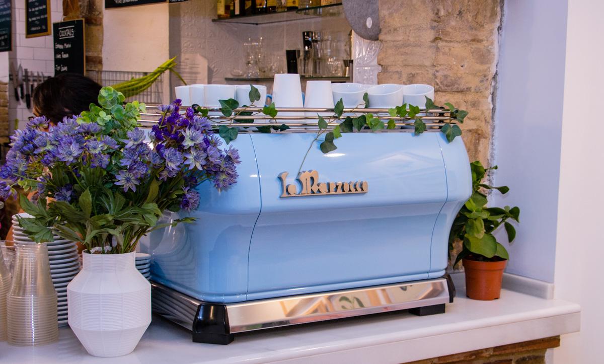 Bluebell Coffee, la cafetería de tercera generación llega a Valencia - La Marzocco