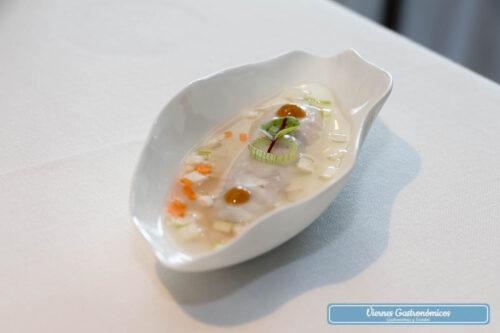 Restaurant L'Antic Molí - Jornadas de la Galera 2017 - Aspic tibio de galera con verduras crudités y curry rojo Thai