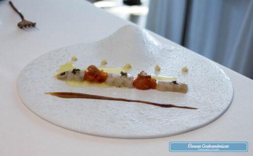 Restaurant L'Antic Molí - Jornadas de la Galera 2017 - Galera cocida a la plancha inversa con tomate, ajoblanco y salicórnia