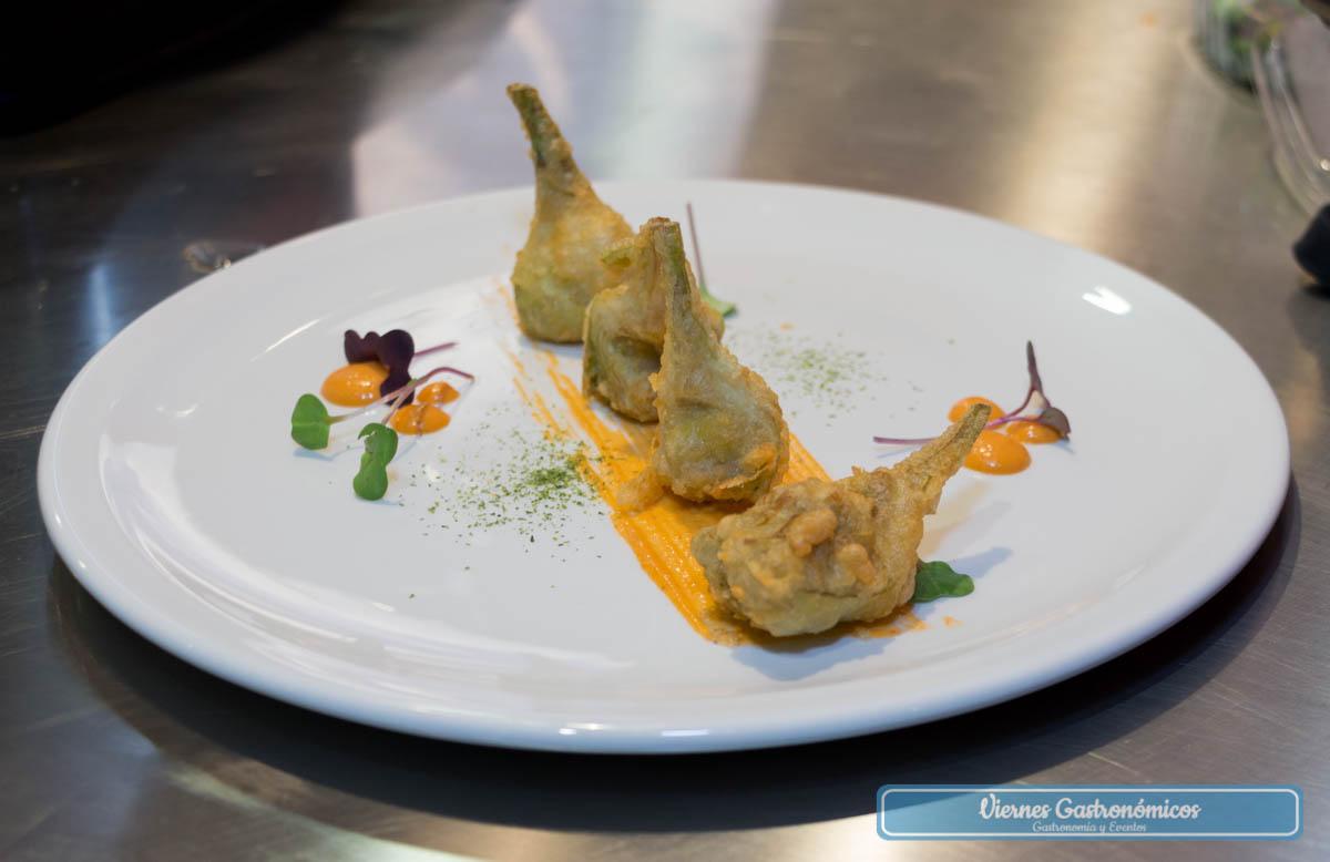 Tast del Territori - Alcachofas en tempura con romescu de galera