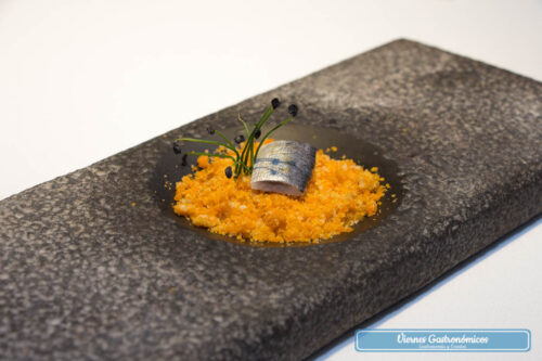 Raúl Resino Restaurante - Pa amb tomaquet con sardina escabechada en frío
