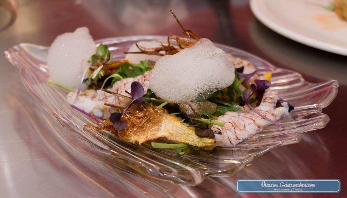 Tast del Territori - Ensalada tibia con galera, crujiente de alcachofa y aire de galera