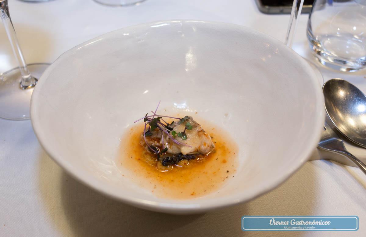 Ostra, pesto de tomate secos y ají - Restaurante Saiti