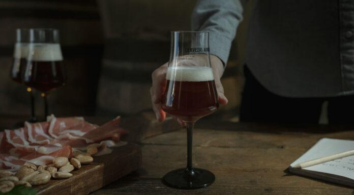 Cervezas Alhambra presenta sus nuevas cervezas criadas en barricas de Jerez