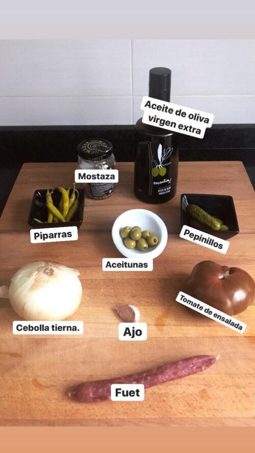 """""""Paso a paso"""" con Viernes Gastronómicos y Luis Asensio: receta de ensalada de tomate y fuet"""